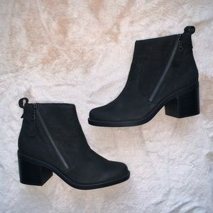 Crown Vintage Astalema Leather Bootie Size 9